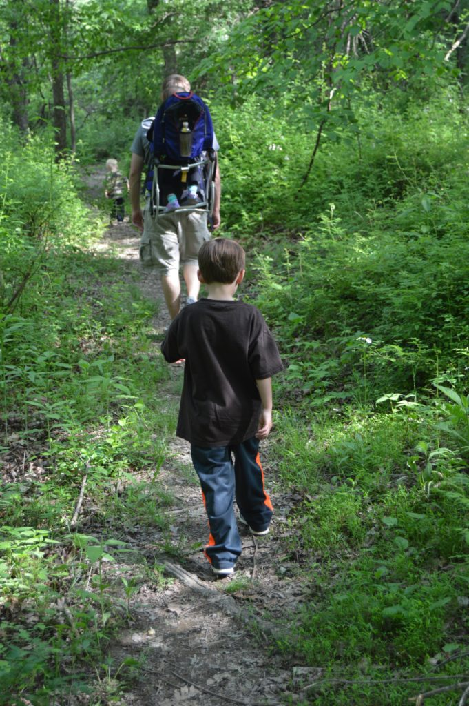 Blackhand Gorge with children - this hiking spot in Central Ohio is great for families.