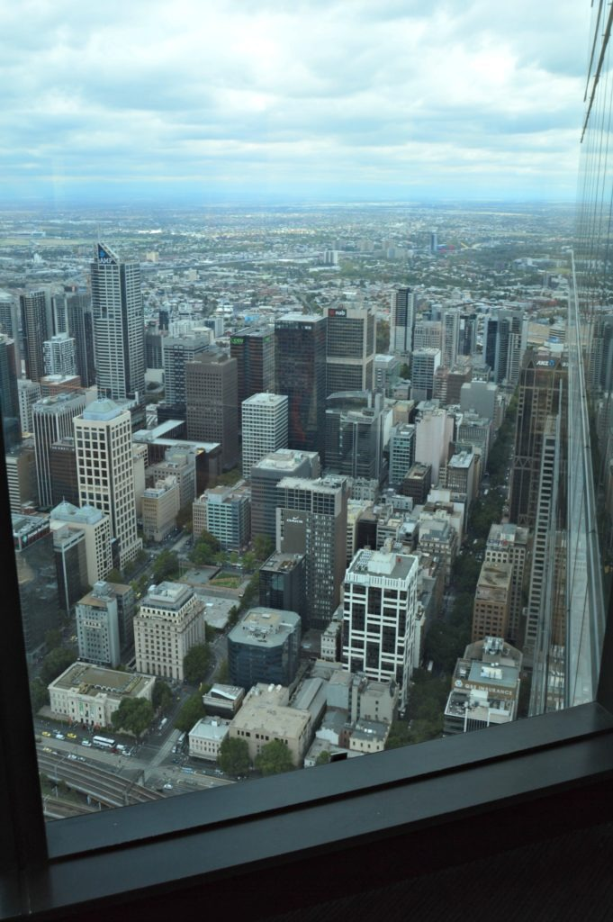 A walking tour of Melbourne with kids - Free things to do in Melbourne. The view from the top of the Eureka Tower.