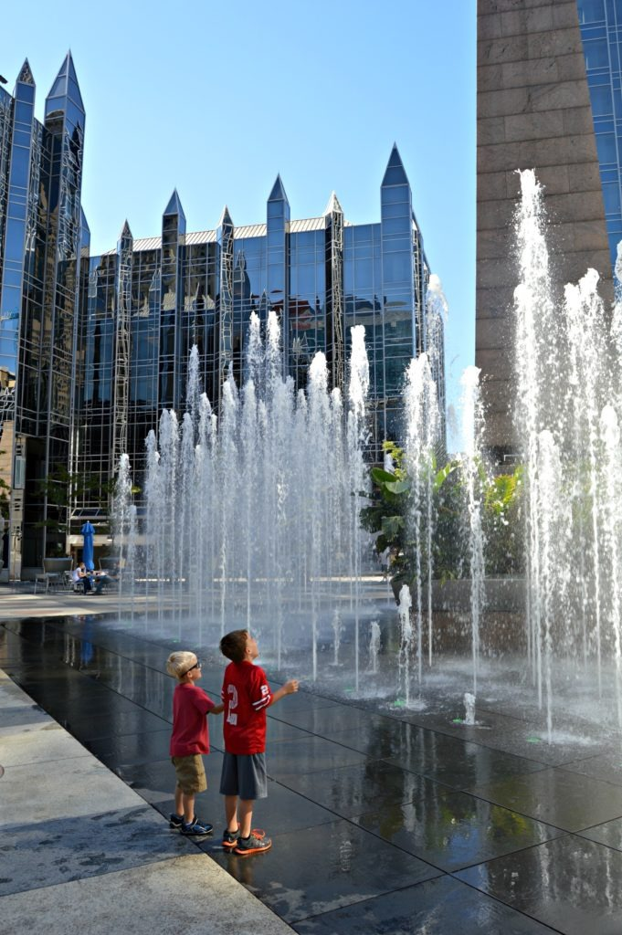 Tour of Pittsburgh with kids - PPG fountains