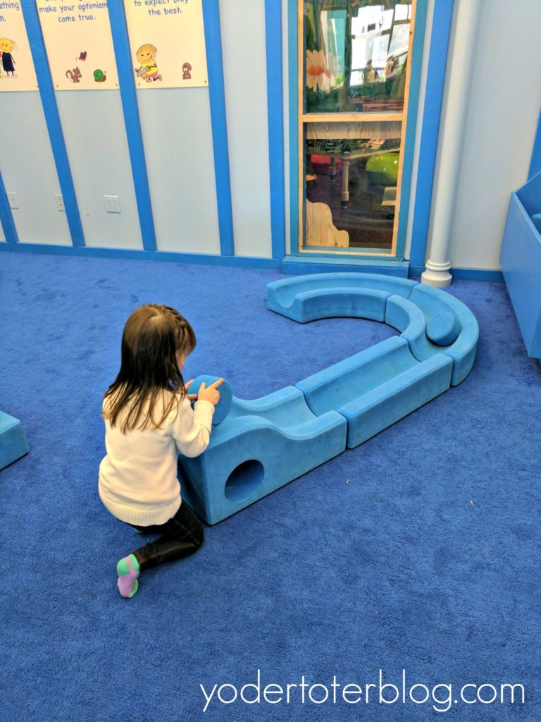 Indoor attractions in Ohio for families.  Things to do in Ohio in winter.  The Little Buckeye Museum in Mansfield is sure to keep your children busy.
