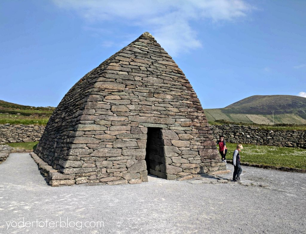 Gallarus Oratory - The Dingle Peninsula and Slea Head Drive in one day.