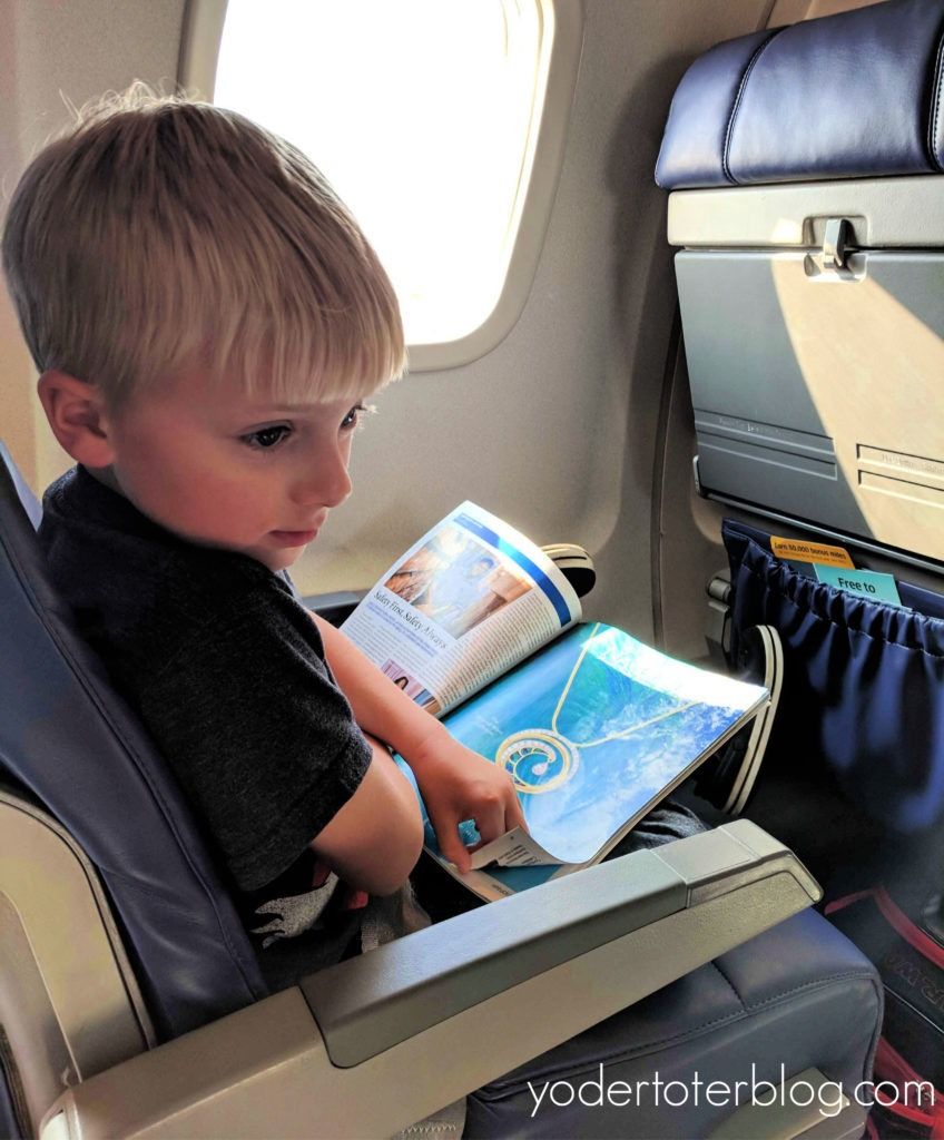Travel with kids and screen-time. Want your kids to be better travelers? Put away the screens. #familytravel #travelwithkids #screentime