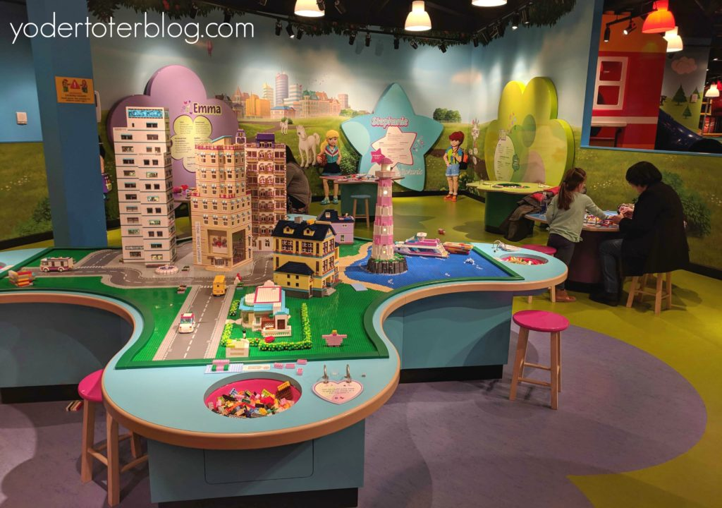 Indoor attractions in Ohio for families.  Things to do in Ohio in winter.  The LEGOLAND Discovery Center in Columbus is perfect for getting out of the cold.  The entirely indoor attraction will keep kids busy for hours.