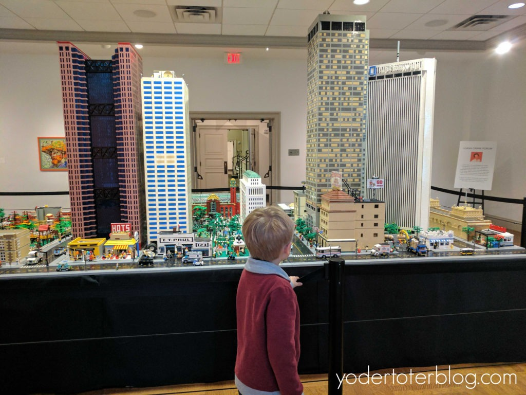 Indoor Attractions in Ohio for families.  Things to do in Ohio when everyone has cabin fever!  The Columbus Museum has a LEGO exhibit that runs through Feb 22.