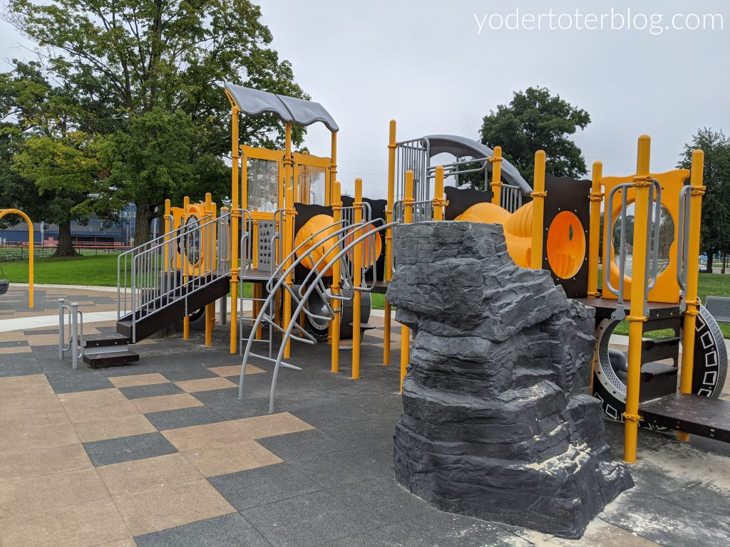 Heise Park in Galion is one of our favorite playgrounds in the Mansfield, Ohio area.