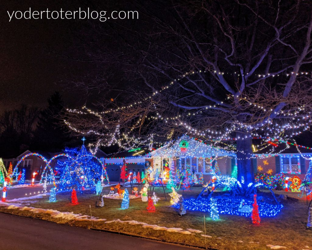 Best Christmas lights in Mansfield, Ohio - Yorkwood Rd.